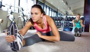 Растяжка ног упражнения