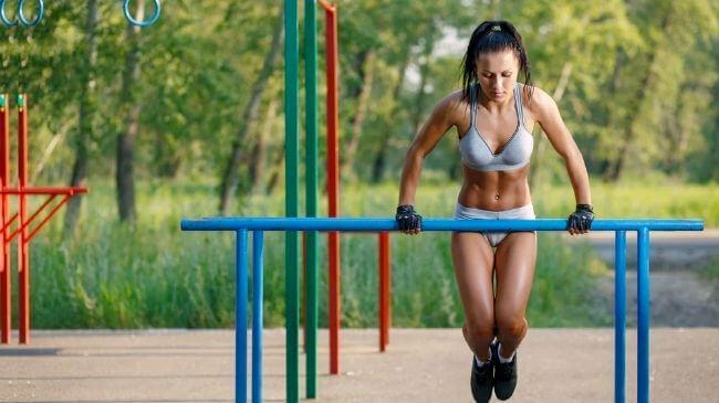 Виды упражнений и польза от занятий на улице