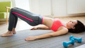 Лучшие упражнения для девушек в домашних условиях